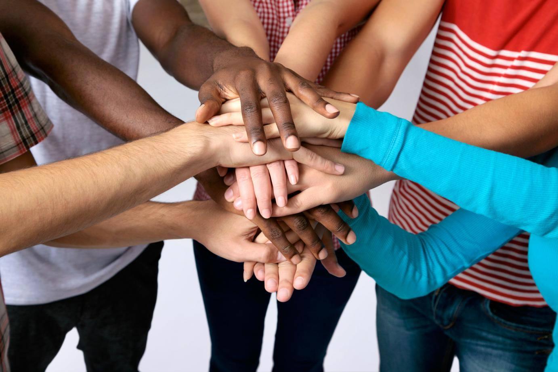groupe-jeunes-baptiste-evangelique-eglise